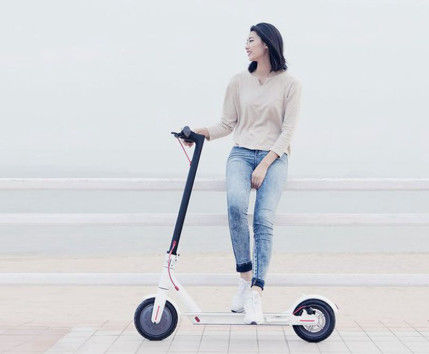 2 Wheels 7.8ah Foldable Electric Scooter Lightweight Adult Xiaomi With Li - Ion Battery